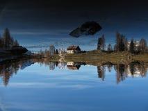 Reflexion auf Dolomiti lizenzfreies stockfoto
