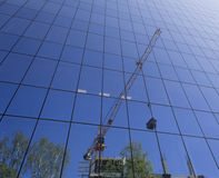 Reflexion av byggnadskonstruktion Royaltyfri Fotografi