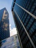 Reflexion av moln i skyskrapor i Frankfurt, Tyskland Arkivfoton