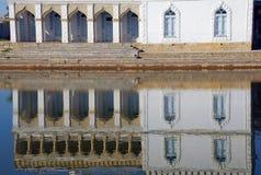 Reflexion av slotten Sitorai Khosa, Bukhara royaltyfri foto