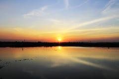 Reflexion av solnedgången Royaltyfria Bilder