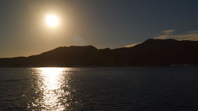 Reflexion der Sonne im Meer stock video footage