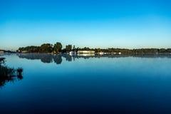 Reflexion eines Hafens Stockfotografie