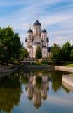 Reflexion eines schönen Tempels Stockfotos
