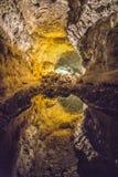 Reflexion i den underjordiska sjön på Cuerva de los Verdes Royaltyfria Bilder