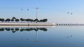 Reflexion på den Tejo floden Royaltyfria Foton