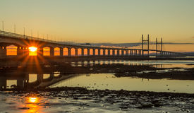 Reflexion Severn Bridge Arkivbild