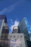 Reflexion von Wolken in den Fenstern Lizenzfreie Stockbilder