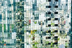 Reflexionen auf Wolkenkratzer in Melbourne, Australien stockbild