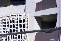 Reflexionen in der Glasscheibe Windows, abstraktes Bild Lizenzfreie Stockfotografie