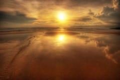 Reflexionen des Sonnenuntergangs Stockfotos
