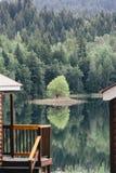 Reflexionen am niederländischen See Stockfotografie