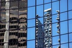 Reflexionen von Gebäuden Stockfotos