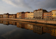 Reflexionen von Pisa Lizenzfreie Stockfotos