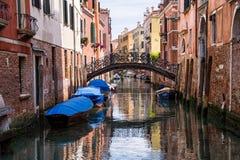 Reflexioner av morgonen i Venedig Arkivbild
