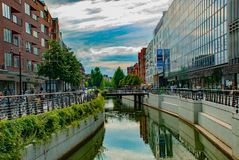 Reflexioner i i stadens centrum Århus Royaltyfria Foton