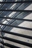 Reflexioner inom av en Reichstag kupol arkivfoton