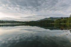 Reflexioner på den holländska sjön Royaltyfri Bild