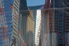 Reflexiones de 9/11 construcción Fotografía de archivo