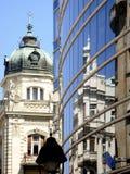 Reflexiones de Belgrado - viejas y nuevas fotografía de archivo libre de regalías