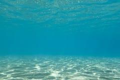 Reflexiones de la luz del sol subacuáticas. Foto de archivo libre de regalías