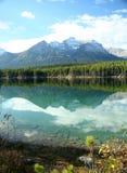Reflexiones de la montaña Imagenes de archivo