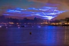 Reflexiones de las iluminaciones de la tierra en Epcot en Walt Disney World Resort 2 fotografía de archivo libre de regalías