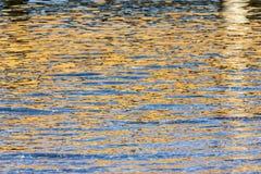 Reflexiones del agua en el mar Imágenes de archivo libres de regalías