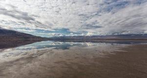Reflexiones del desierto Imágenes de archivo libres de regalías