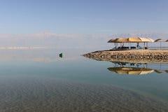 Reflexiones del mar muerto imagen de archivo