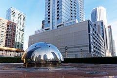 Reflexiones del ojo de pescados, arquitectura alta de la torre de Chicago Illinois, los E.E.U.U. imagenes de archivo
