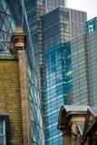 Reflexiones en el centro en Londres Foto de archivo libre de regalías