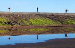 Reflexiones en el muelle de Puerto de la Cruz Imagenes de archivo