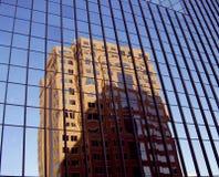 Reflexiones en vidrio. Imagen de archivo libre de regalías