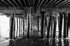 Reflexiones a lo largo de Santa Cruz Beach Boardwalk foto de archivo libre de regalías