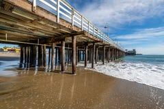 Reflexiones a lo largo de Santa Cruz Beach Boardwalk imágenes de archivo libres de regalías