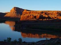 Reflexiones reservadas del río Imágenes de archivo libres de regalías