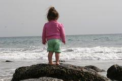 reflexionslitet barn Fotografering för Bildbyråer
