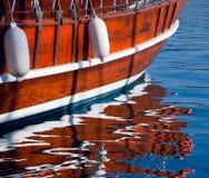 reflexionsyacht Royaltyfri Bild