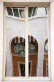 Reflexos em uma janela Foto de Stock Royalty Free