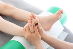 Reflexotherapy, Kind-` s Fuß Acupressure Lizenzfreies Stockbild