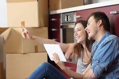 Reforma movente do planeamento da casa dos pares fotografia de stock royalty free