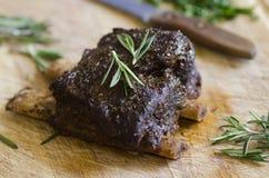 Reforços curtos da carne do BBQ Fotografia de Stock Royalty Free