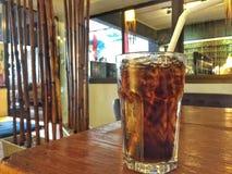 Refresco en la tabla en el restaurante japonés Foto de archivo libre de regalías