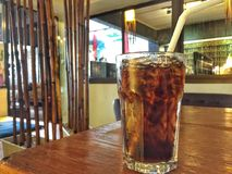 Refresco na tabela no restaurante japonês foto de stock royalty free