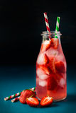 Refreshing drink with fresh strawberry Stock Photography