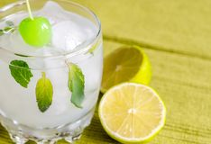 Refreshing mojito cocktail Royalty Free Stock Images