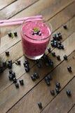 Refreshing summer blueberry smoothie Royalty Free Stock Photos