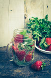 Refreshing summer drink with strawberry Royalty Free Stock Photos