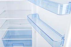 Refrigerador branco isolado no fundo branco Fotos de Stock